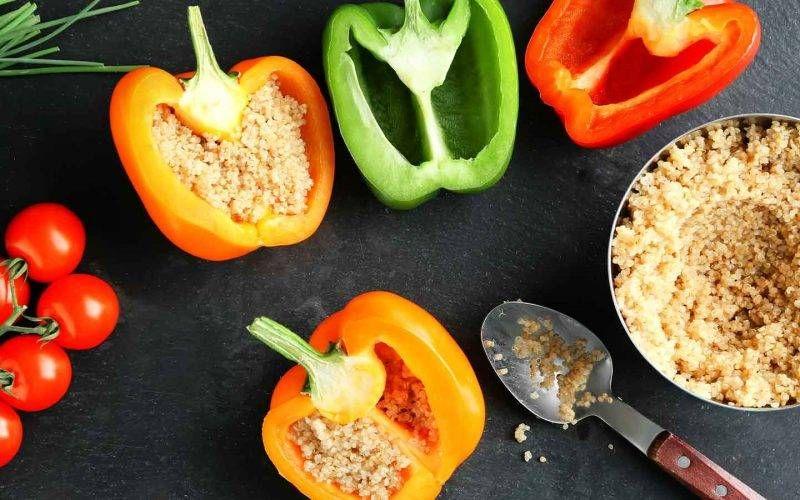Peperoni ripieni di quinoa